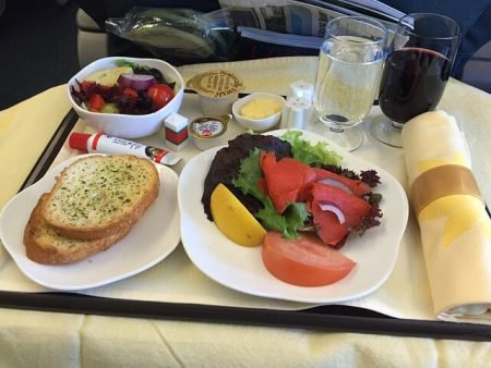 in-flight-meal-732953_640-1